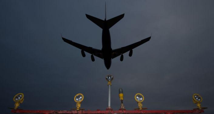 中國珠江旅行社開始向未成功飛往海南的俄遊客退款