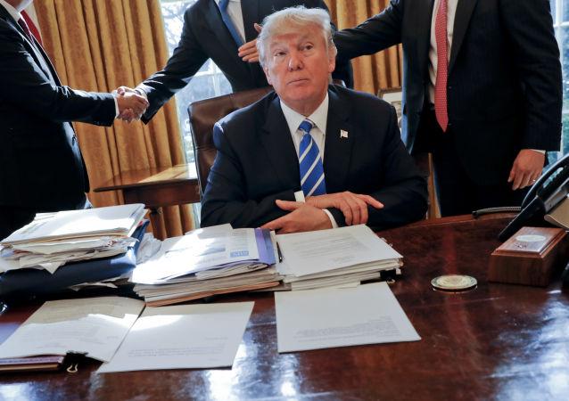 媒体:特朗普利用不实数据说服退出巴黎气候协定