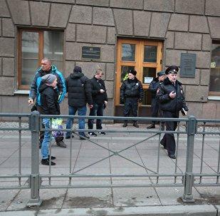 消息人士:圣彼得堡地铁的爆炸装置有可能意外爆炸