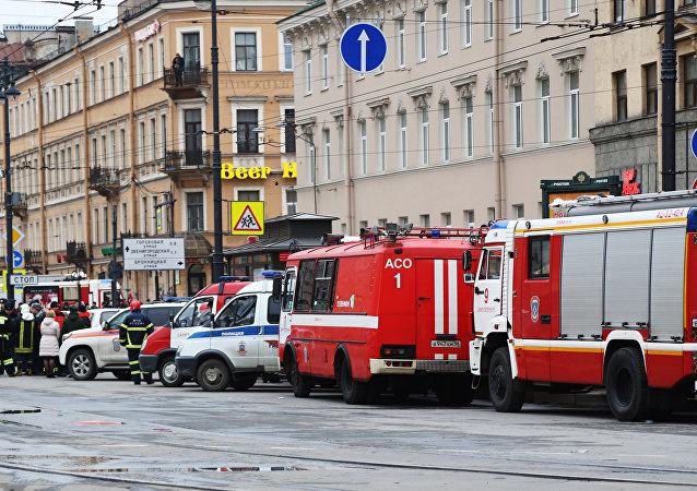 俄紧急情况部圣彼得堡管理总局称有51名地铁爆炸伤者入院