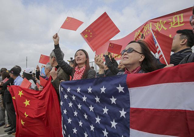 """如何看待当前中美相互""""妖魔化"""" 中国驻美大使:需将受自身政治目的驱动的人同两国人民区别开来"""