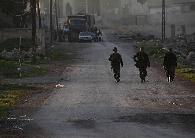 消息人士:叙军在哈马省北部彻底击退武装分子的反攻