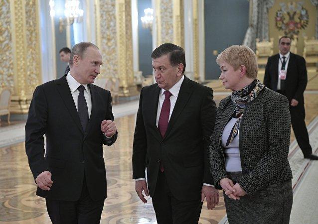 普京与米尔济约耶夫