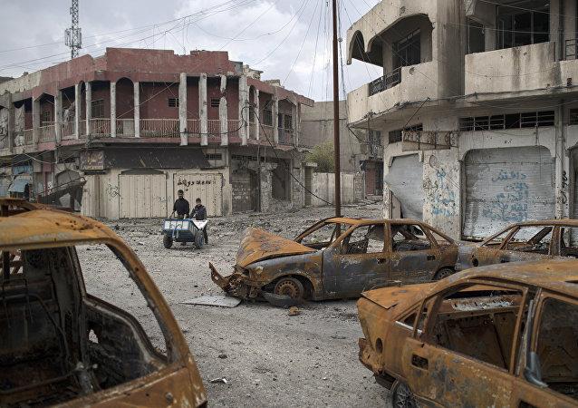 """媒体:""""伊斯兰国""""在摩苏尔控制的土地不超过一成"""