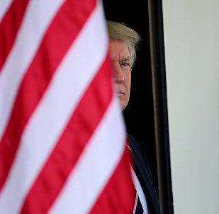 媒体:美国遇难水兵家属2个月后才收到特朗普慰问信