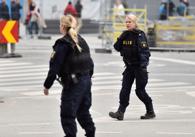 外媒:瑞典警方未证实在恐袭地卡车上发现炸药包的消息