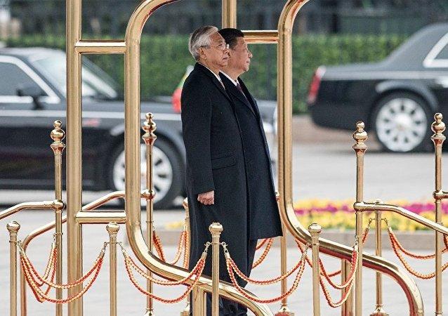 中国国家主席习近平与缅甸总统廷觉