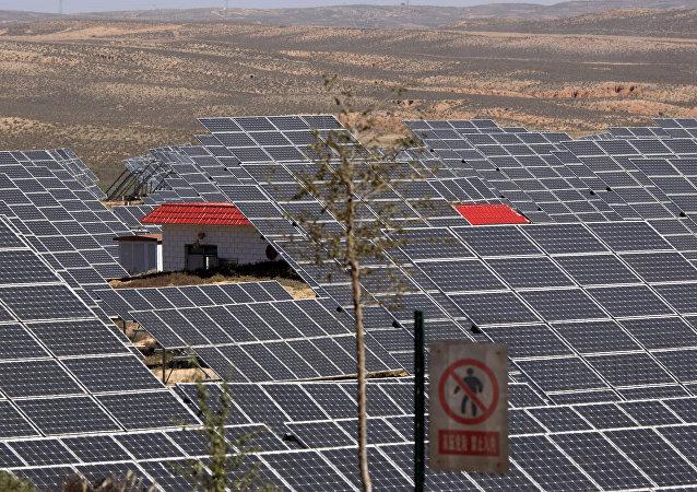 研究:中国弃煤则需要将绿色能源增长10倍