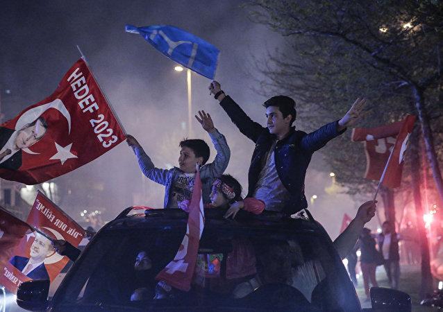 4月16日土耳其举行了整个现代史中最重要的公投
