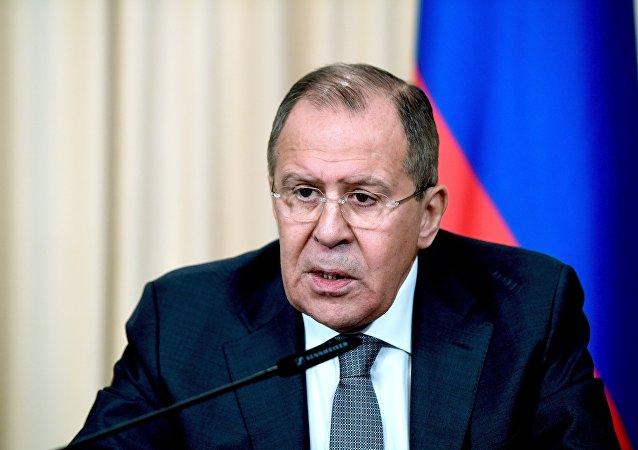 俄外长:基辅暗中破坏明斯克协议执行