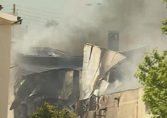 一架飞机在葡萄牙西部的超市坠毁造成5人死亡