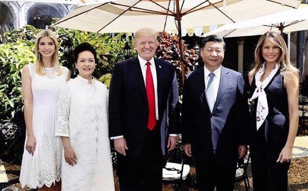 Иванка Трамп в Мар-а-Лаго во время встречи Дональда Трампа с Си Цзиньпином