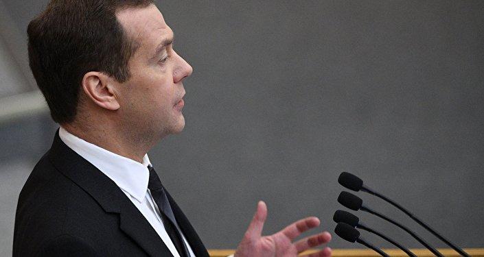俄总理:对美国制裁的回应不该对俄经济造成损害