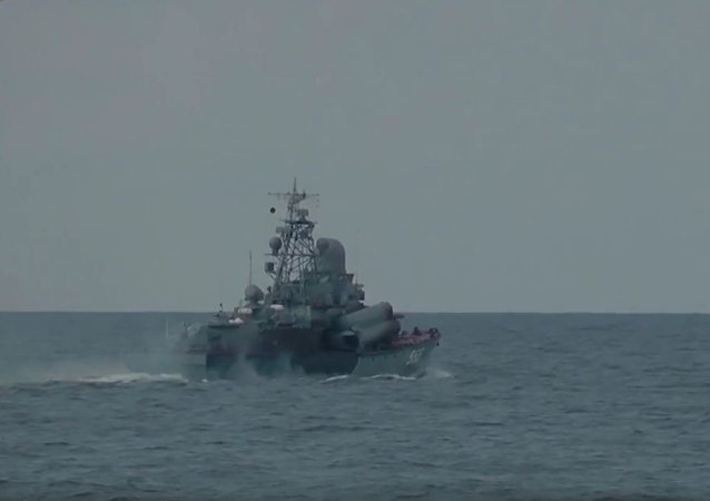 波罗的海举行导弹射击演练