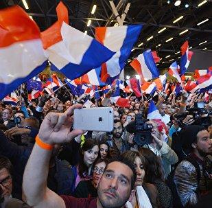 法国大选第一轮投票