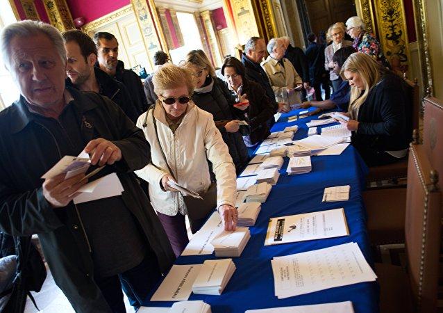 法国议会第二轮选举开始