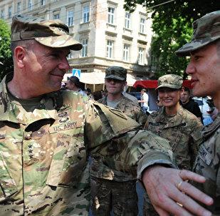 軍教官在烏克蘭