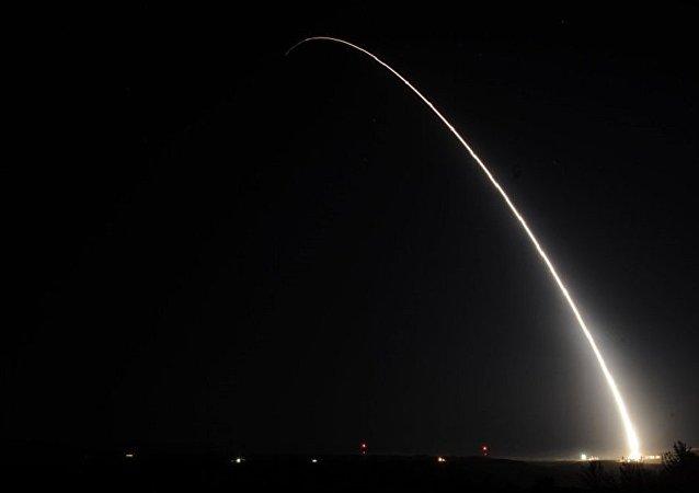 俄军总参谋部:美反导导弹将超过俄洲际弹道导弹弹头数量