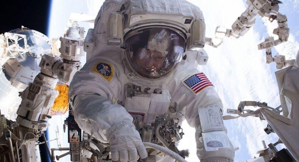 美国人将打破俄罗斯人一次飞行中宇航员出舱的记录