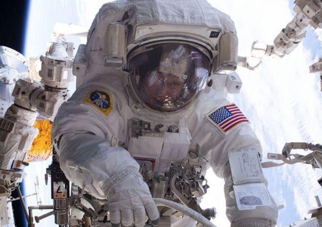 美国国家航空航天局缺乏用于空间站工作的宇航服