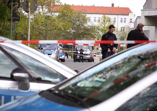 一辆汽车在柏林冲入人群