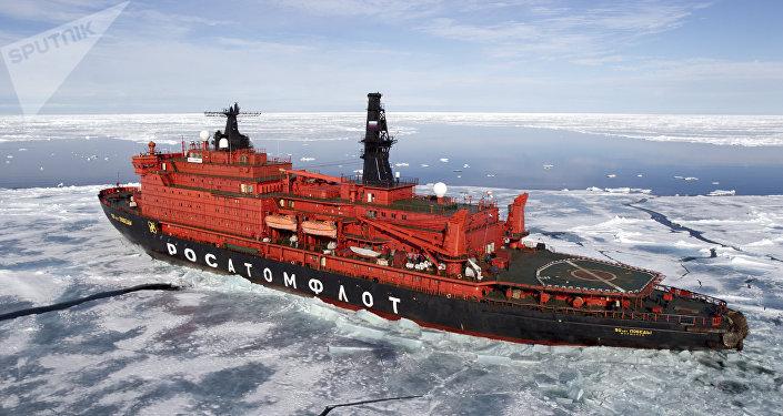 """中国公共外交协会:""""冰上丝路""""将成为推动俄中关系发展的新动力"""