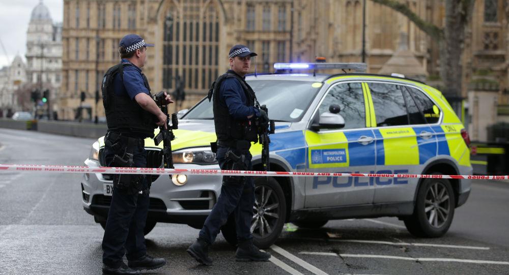 英國發生車輛撞人事件