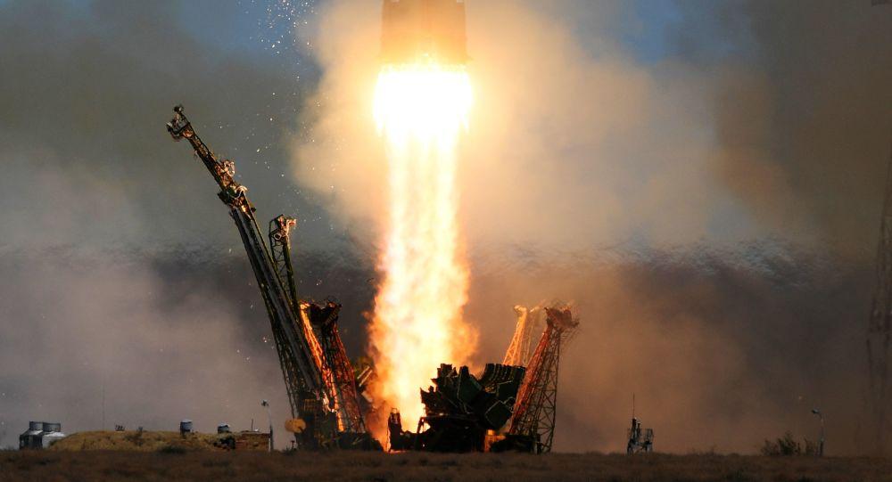 """俄罗斯""""联盟2.1b""""火箭已将""""格洛纳斯-M""""卫星送入近地轨道"""
