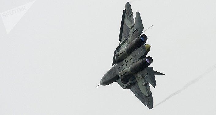 俄第五代战机正式获名苏-57