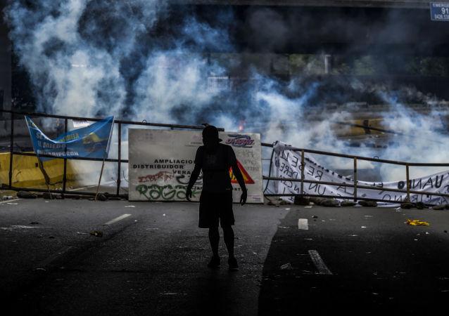 又有一人在委内瑞拉抗议活动中死亡