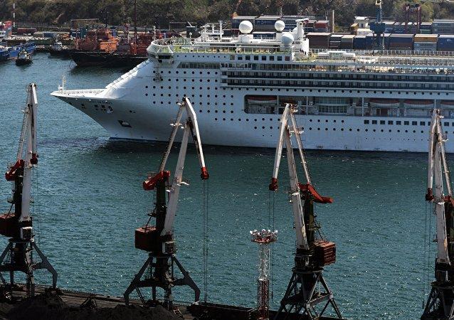 俄外交部:7家中国公司已成符拉迪沃斯托克自由港入驻企业