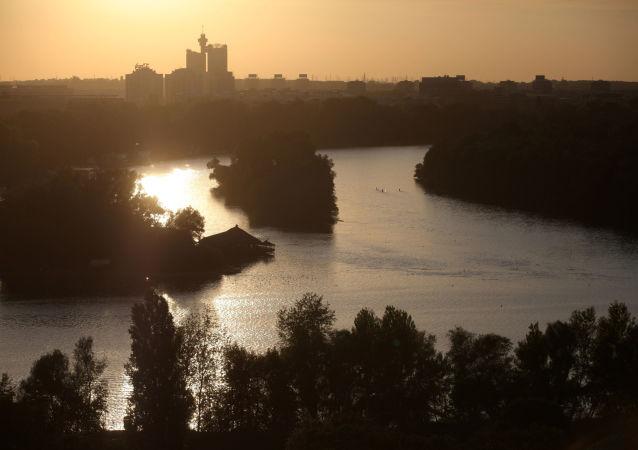 媒體:烏克蘭兩艘船在匈牙利多瑙河水域發生碰撞