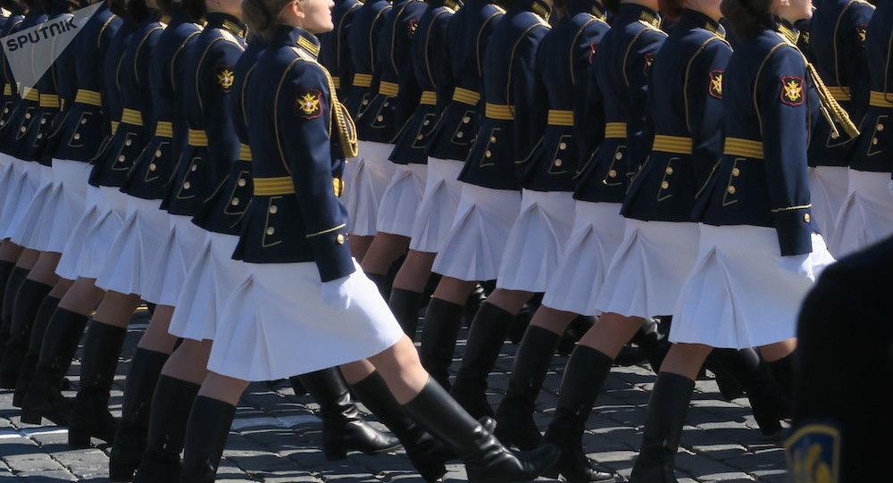 俄防长:克拉斯诺达尔高等军事航空飞行学校将招收俄历史上首批女学员