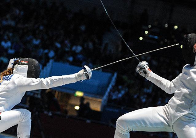 俄罗斯重剑队在世界杯里约站比赛中获亚军