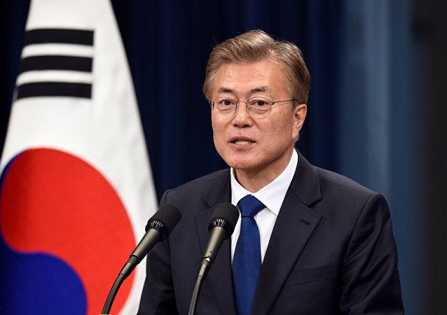 韩国总统否认可能在该国部署核武器