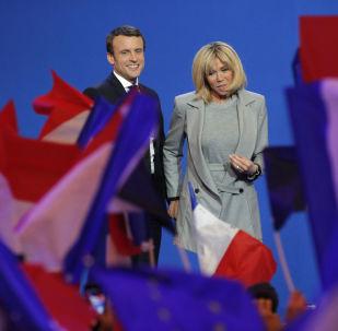 法國第一夫人:我們所知道的布麗吉特·馬克龍
