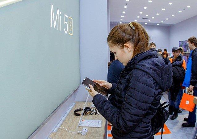 小米智能手机在俄线上销量赶超苹果