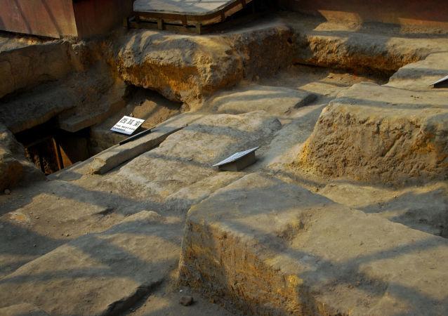 重庆发现一座约有1800年历史的古陵墓
