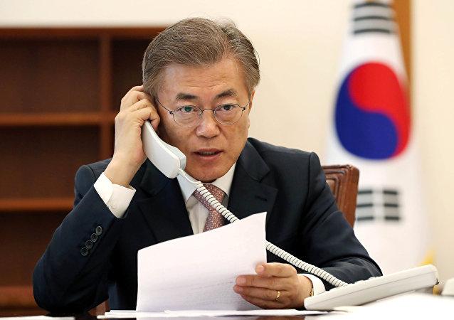 日本首相希望尽快与韩国新总统举行会谈