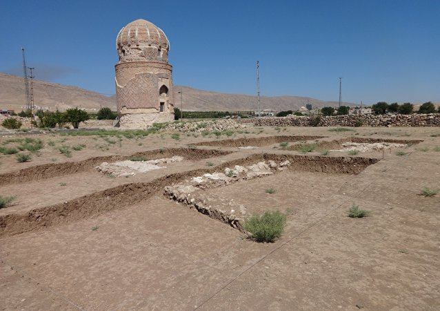Zeynel Bey陵墓