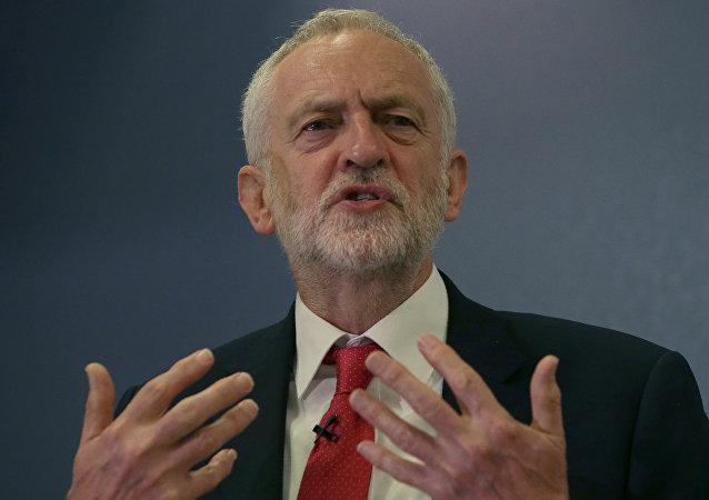 英国最大在野党工党领袖杰里米·科尔宾