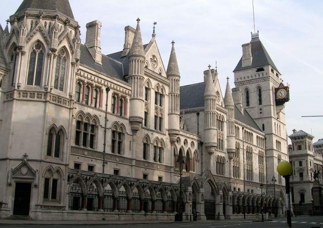 英国伦敦法院拒绝阿桑奇的保释申请