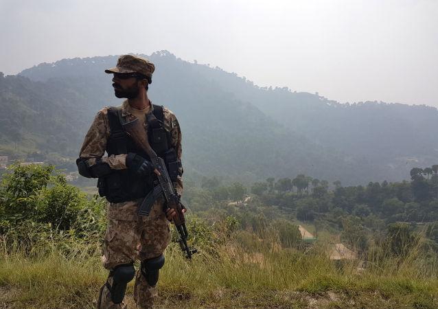 """中国外交部:""""一带一路""""建设不影响中方在克什米尔问题上的立场"""