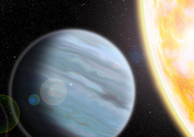 """天文学家发现""""塑料泡沫""""巨行星"""