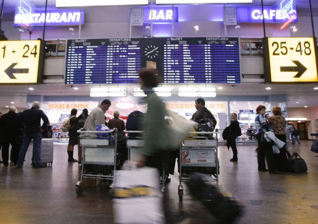 中国民航局:目前46家外国航空公司宣布暂停往来中国大陆航班 确保通航国家不断航