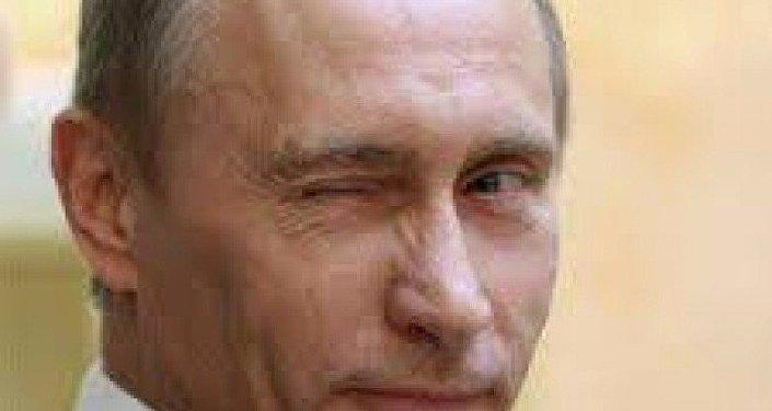"""普京的俄文全名是弗拉基米尔·弗拉基米洛维奇·普京,""""瓦洛佳""""是""""弗拉基米尔""""的小名或昵称"""