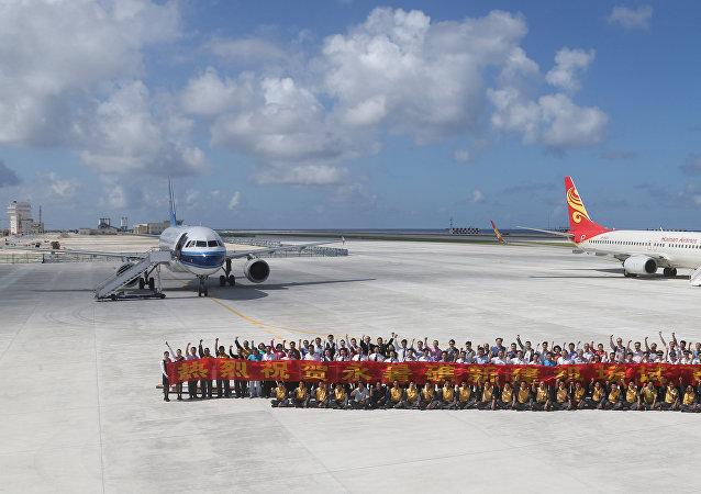 中国在南海争议岛礁上部署导弹装置