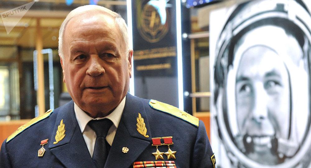 兩次榮膺蘇聯英雄稱號的宇航員維克托•戈爾巴特科