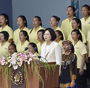 離開九二共識的一年:蔡英文主政台灣週年記