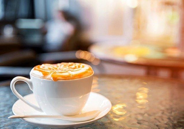 媒体:意大利男子直播自杀 最终被一杯咖啡救下